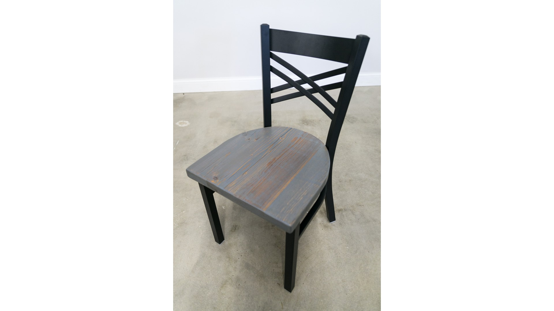 18 Inch X-Back Dining Chair (Black)