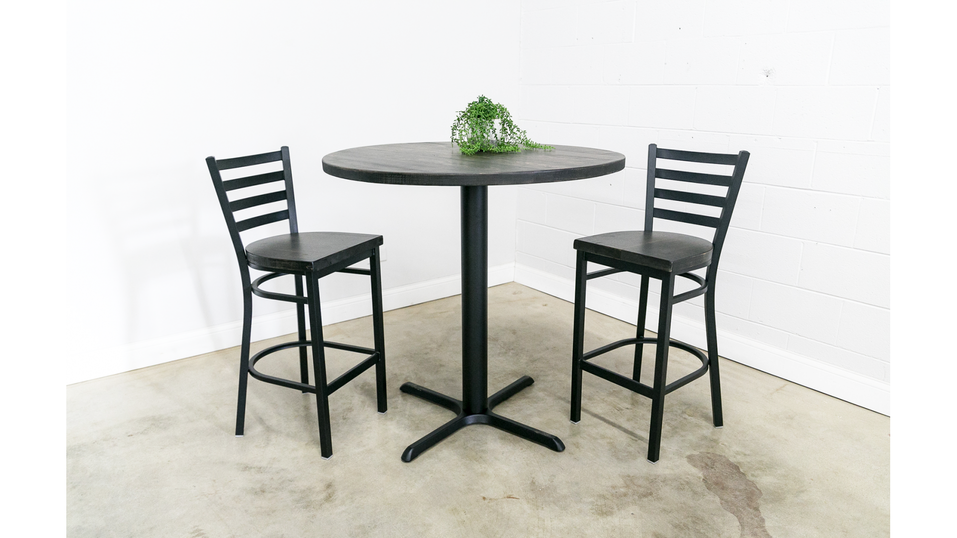 Bar Height Round Pedestal Table